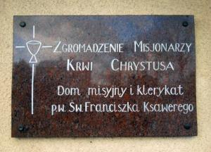 Tablica klerykatu Misjonarzy Krwi Chrystusa