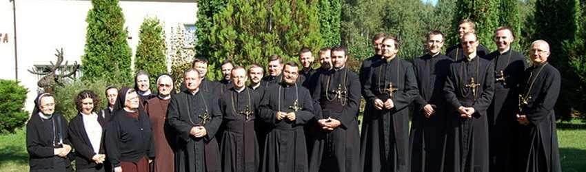 Misjonarze podczas inkorporacji wieczystej br. Krzysztofa