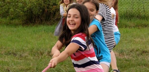 Serdecznie zapraszamy wszystkie dzieci ze szkół podstawowych (II-V klasa) do uczestnictwa w rekolekcjach przygotowanych specjalnie dla nich, które odbywają się w wakacje oraz ferie zimowe w naszym rekolekcyjnym w Ożarowie Mazowieckim k/Warszawy.