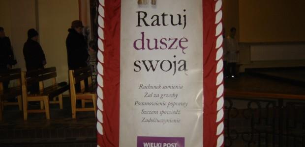 Ks. Bogusław Witkowski(CPPS) zekipą misyjną       Brak podobnych stron.