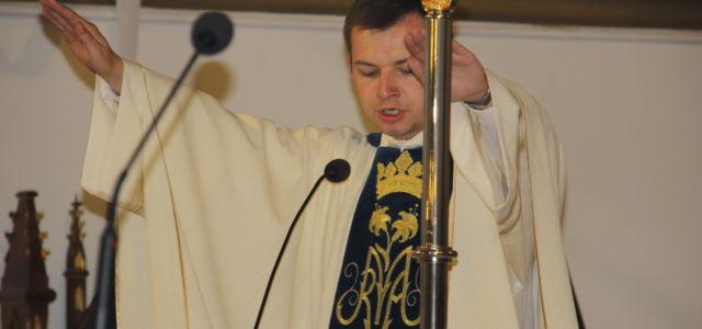 Drodzy czeka nas tym razem duża porcja wiedzy o Liturgice i Liturgii oraz ćwiczenia praktyczne panowie jako ministranci a panie jako posługa kantora lub chóru w kaplicy. Po co Liturgia […]